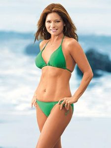 Valerie Bertinelli looking great thanks to Consistency !!